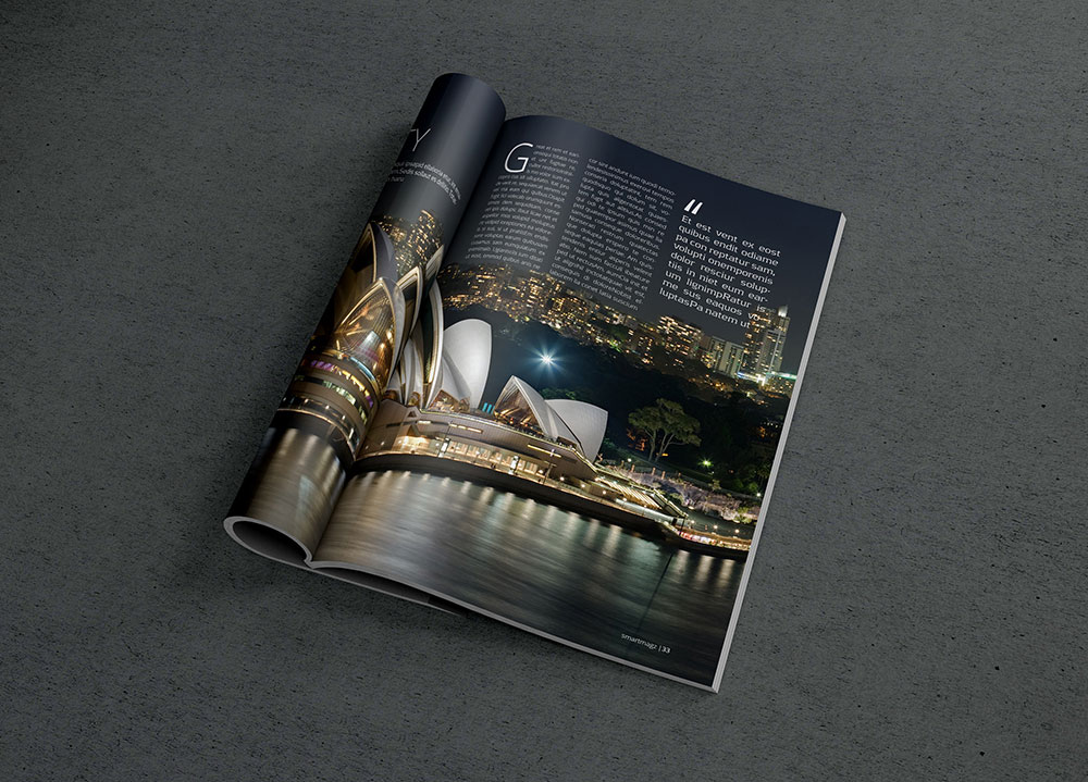 Photorealistic Magazine MockUp Gratis