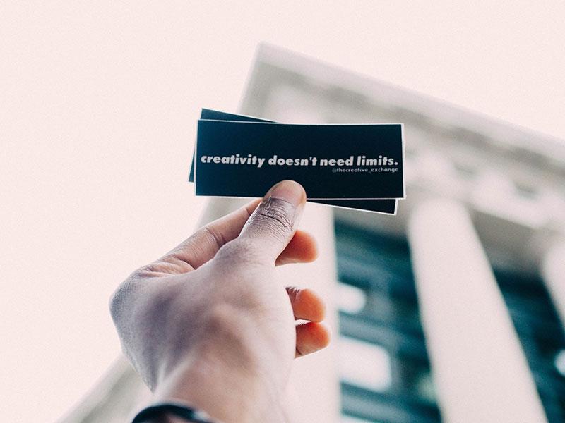 marketing offline con tarjetas de visita