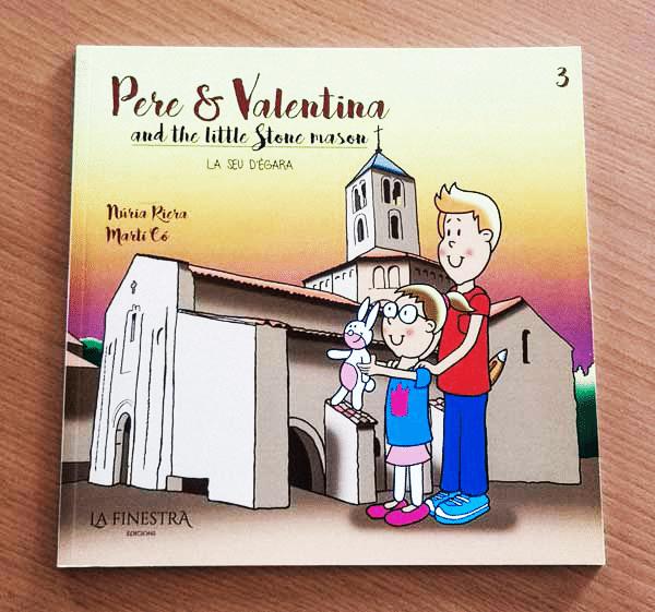 libro infantil con formato cuadrado