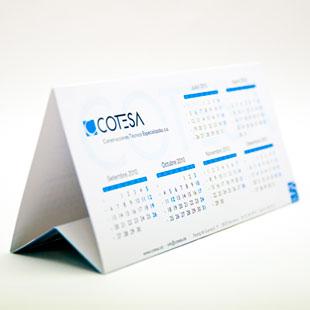 calendarios personalizados triangulares de mesa