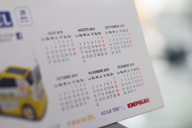 calendario triangular de mesa 2016