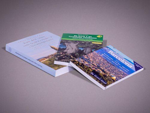 Livre Broché et Livre Relié